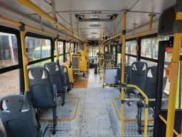 Vendo õnibus urbano ano 2015.