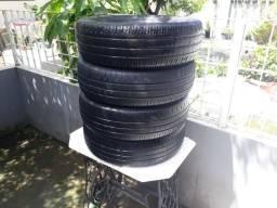 Jogo de pneus usados 175/70/14  por 320 reais pra vir buscar no Bairro Novo em Olinda.