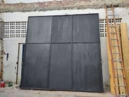 Portão medindo 3,5m x 3,5m