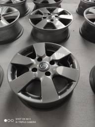 Roda aro 15 furação 4 por 114 Nissan