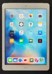 iPad Air Modelo A-1475 Wi-Fi + 4G - 64 Gb