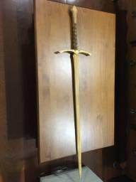 Espada medieval madeira