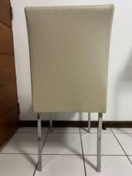 4 cadeiras (pés em aço)