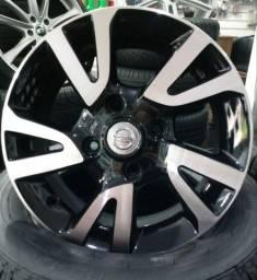 Rodas originais Nissan aro 15.