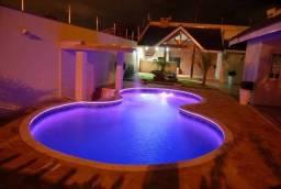 Casa com piscina em Buraquinho (sem entrada e sem juros) 145m2