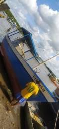 Barco De Pesca E Arrastão