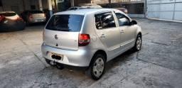 Vendo VW Fox 1.6 Plus ano 2010, completo