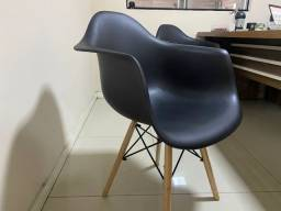 Título do anúncio: Bazar! Ultimas unidades, Cadeira de Jantar/ Poltrona Charles Eames, com braco, pés palito