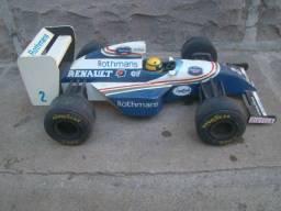 Carrinho de formula 1 antigo