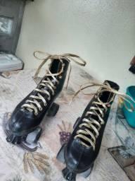 vende-se patins seminovo R$110,00