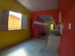 Casa No Conjunto Francisca Mendes 2// 02 Quartos Sendo 01 Suíte