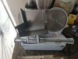 Fatiador de Frios semi- profissional R$600,00