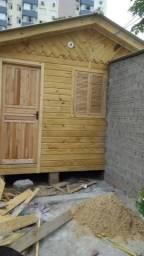 Casa Pré-Fabricada 4x5.4 M/F de Pinus com banheiro.
