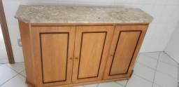 Aparador mármore e madeira