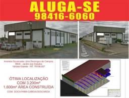 Alugo Barracão 1600m² com doca para carga e descarga