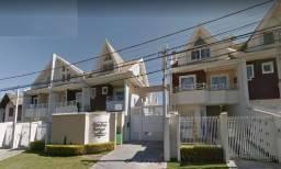 Sobrado triplex em condomínio, com ótimo padrão de acabamento - R$ 699.000,00