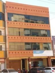 Alugo Kit V. Pires próximo a EPTG, Rua da Farmacia Pag Menos com loja de pneus Pirelli