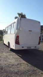 Micro ônibus M. Benz / Marcopolo sênior ano 2008