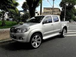 Hilux Srv 3.0 4x4 Diesel At + Rodas 22 - 2012