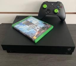 Xbox One X 1tb/4k ( seminovo ) com 1 jogo de brinde e 3 meses de Garantia