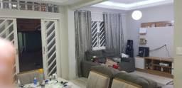 Casa em Bangu - Independente