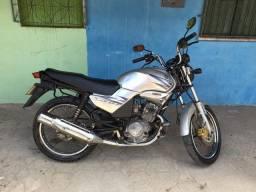 Vendo moto Yamaha YBR