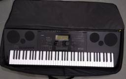 Casio Arranjador Workstation WK 7600
