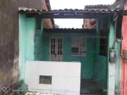 Troca-se esta casa por outra em Itaparica mesmo.