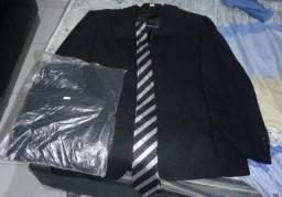 Blazer preto tamanho 50 da Cia do Terno novo
