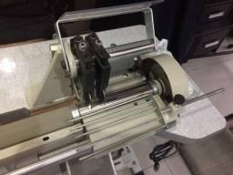 Máquina de Cortar viés Corte Duplo