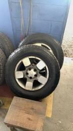 Pneus 235/70/16 Bridgestone