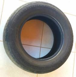 Vendo/troco dois pneus 235/60 R16