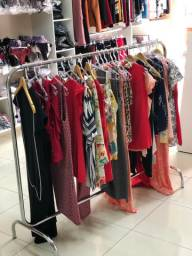Arara de roupas pra loja