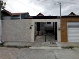 Casa para alugar no Presidente Médici 52 m², com garagem