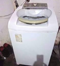 Maquina dê Lavar Brastemp dê 11kg está muito boa foncionando tudo