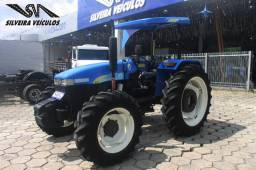 Trator New Holland TT 3840 - Ano: 2011 - 4 x 4