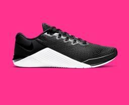 Tênis crossfit Nike Metcon 5 Feminino n.35