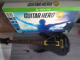 Guitarra e jogo guitar hero Xbox one