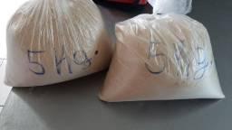 Vendo farinha de rosca, cada kilo 10$