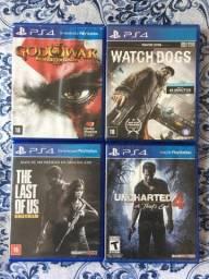 4 Jogos de PS4 pouco uso