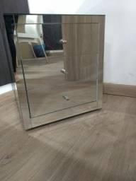 Criado mudo/cômoda com espelho