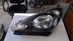 Farol Honda FIT esquerdo máscara negra 08/13 original