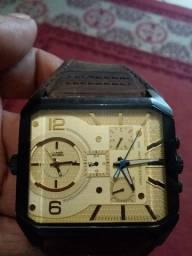 Relógio chilllbeans