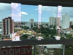Apartamento Edifício Vert com ótima localização e vista. 3 quartos, sendo 1 suíte