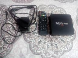 Tv box com controle pilhas tudo certinho funcionando top mando fotos no ZAP