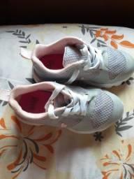 Sapato Bibi tamanho 25