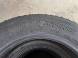 Vendo quatro pneus.