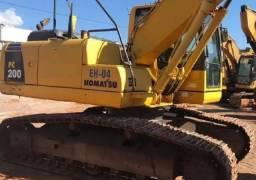 Escavadeira hidráulica Komatsu Pc200 com entrada apartir:30.000,00