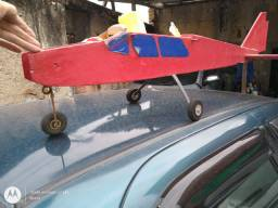 Avião aeromodelismo no estado
