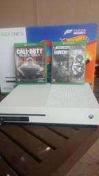 Xbox one s + 2 jogos